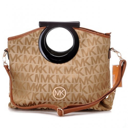 Michael Kors Berkley Logo Large Beige 001 Clutches