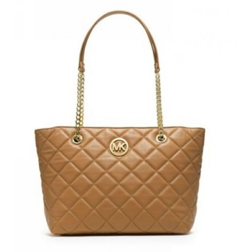 Michael Kors Large Fulton Quilted Tote Tan
