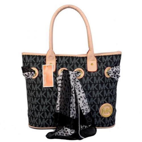 Michael Kors Scarf Jacquard Medium Black Totes